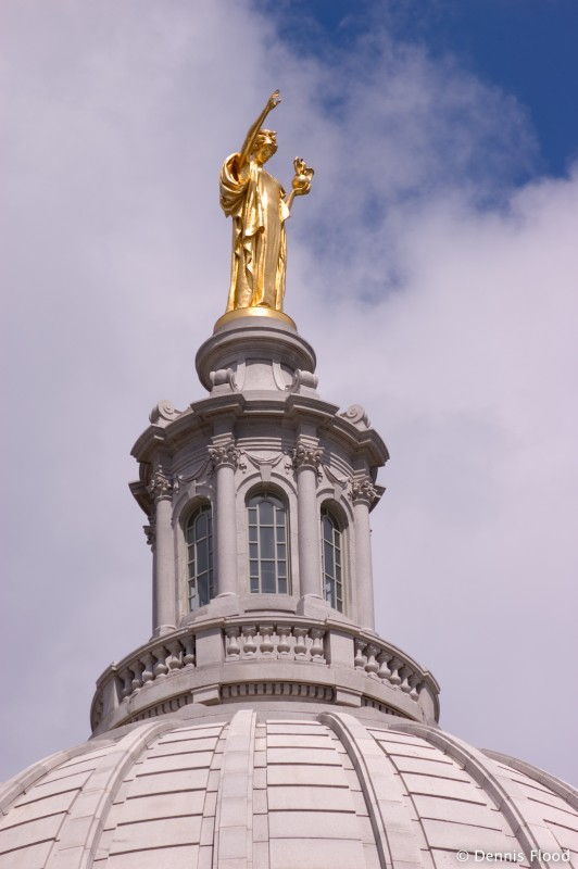 Gold Wisconsin Statue