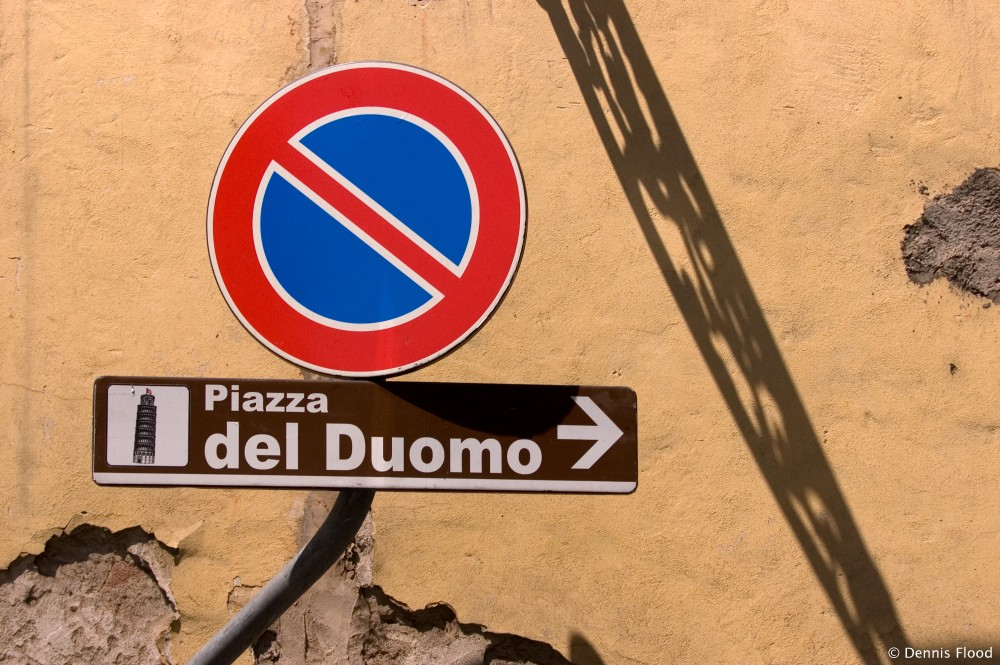 Signs in Pisa