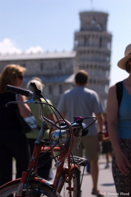 Red Bike in Pisa