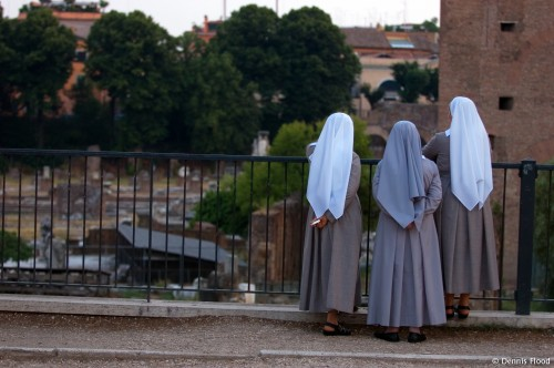 Three Nuns at the Roman Forum